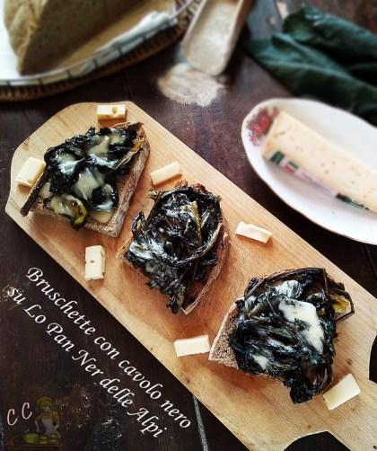 Bruschette di cavolo nero su Lo Pan Ner delle Alpi