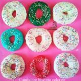 Ciambelline biscotto colorate