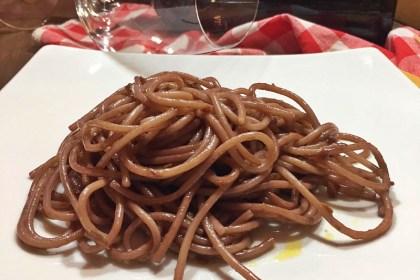Spaghetti al sugo finto de la Sora Lina