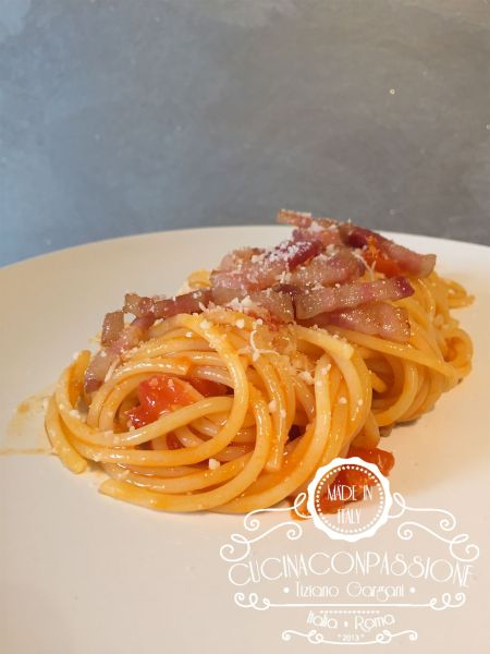 spaghetti all'amatriciana estiva Spaghetti all'amatriciana estiva Amatricina estiva compressor