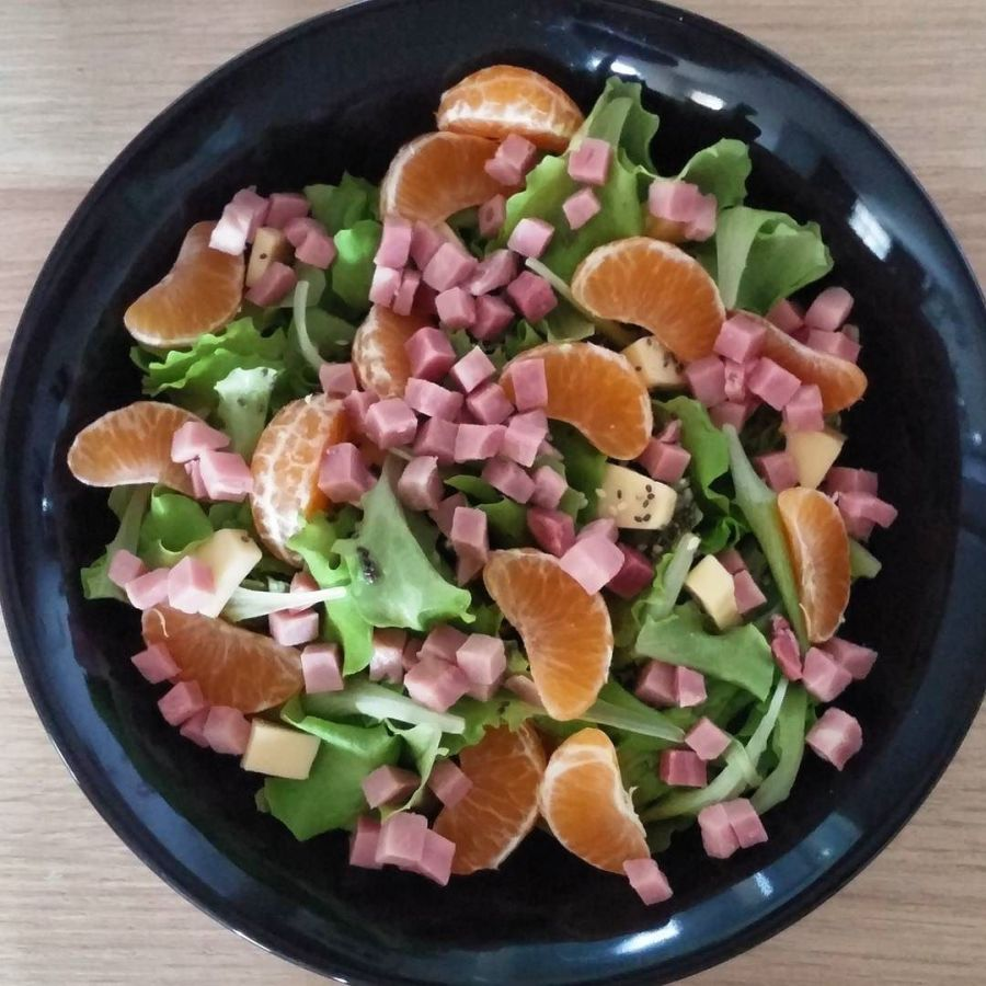 #salad #mandarino #prosciutto #gouda #chiaseeds #sesamo #winter #wintersalad #dukan #diet #quartafase #lightfood #vividulight