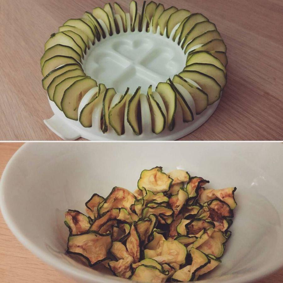 #chips #zucchine #zucchini #microwave #snack #cibosalutare #lightfood #crock #merenda #dukan #diet #chef #cheflife #cucinando #cooking #cucinaproteica #cucinadulight