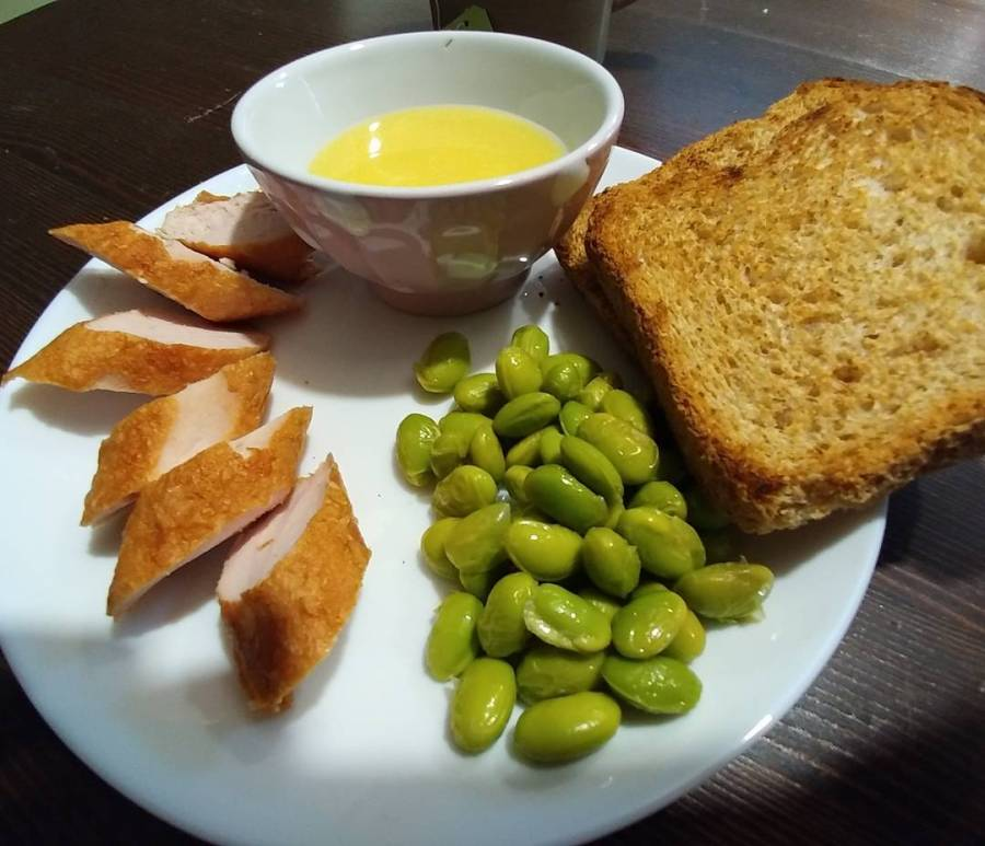 #lunch #dukan #diet #wurstel #principe #tacchino #edamame #maionese #panetostato #highprotein #lowfat #lowcarb #cucinaproteica #cucinadulight
