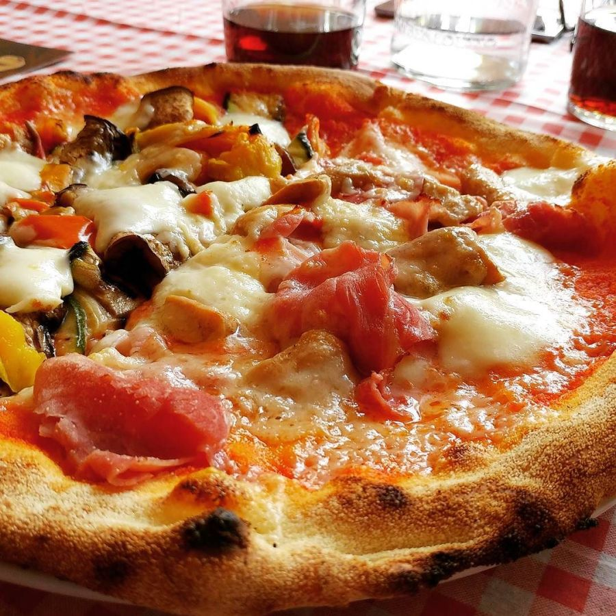 #capitanhook #gardaland #pizza #pizzaiolo #bufala #verdure #grana #dop #taverna #lagodigarda #dukan #diet #quartafase #summer #vacanza