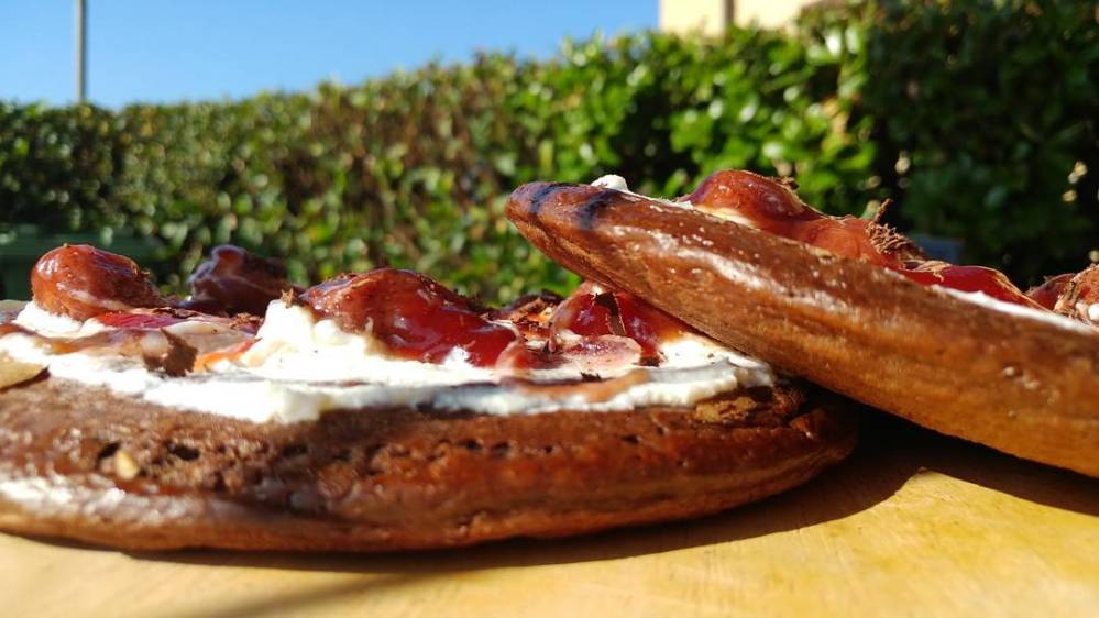 Mug cake dulight travestita da pancake! #breakfast #mug #pancakes #preparati @tibiona_15 @bongionatura #fragole #ricotta #dukan #diet #weightloss #lightfood #fitness #fitlife #cucinaproteica #cucinadulight