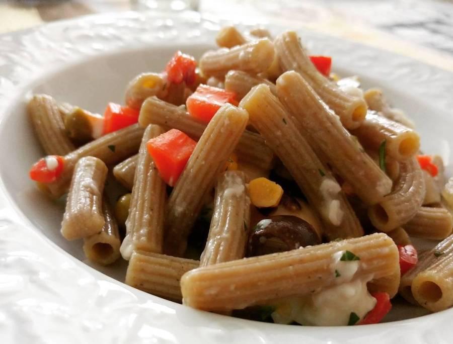 #lunch #pasta #legumi #piselli #fave #ceci #sololegumi #luzi #dukan #diet #quartafase #verdure #olive #summer #cooking #chef #cheflife #lightfood #cucinaproteica #cucinadulight