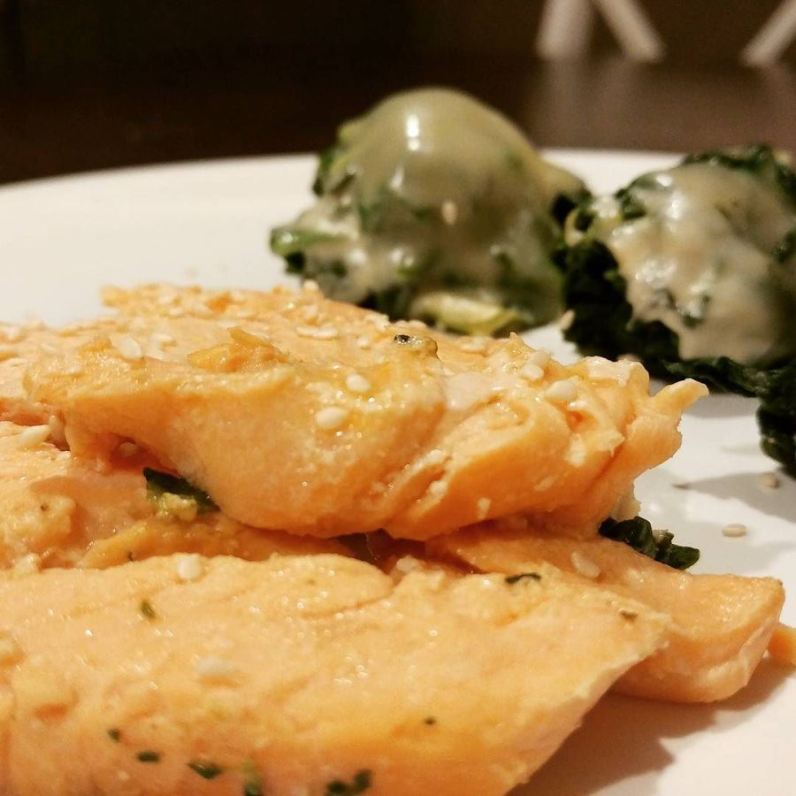 Filetto di salmone con spinaci e gouda...una goduria!!!🍴🍶🍲 #salmone #filetto #spinaci #gouda #quartafase #dukan #diet #proteine #fitness #lightfood #fitfood #highprotein #lowcarb #cucinaproteica #cucinadulight