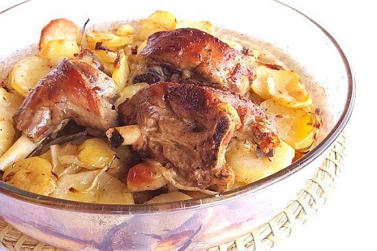 Agnelletto in to forno cò-e patatte (