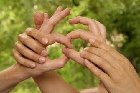 hablar lengua de signos y lengua oral no retrasa el lenguaje