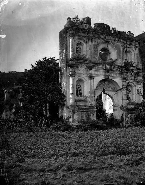 Ruinas de la Ermita de los Dolores a inicios del siglo XX