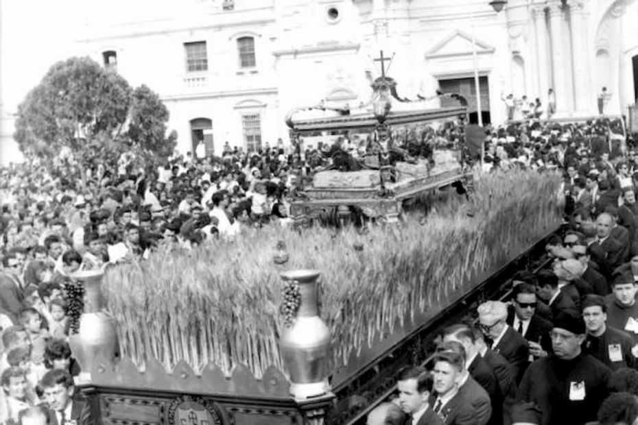 el origen de las procesiones de semana santa en guatemala