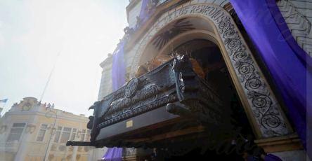 la pregunta sobre las misas presenciales y procesiones en el 2021