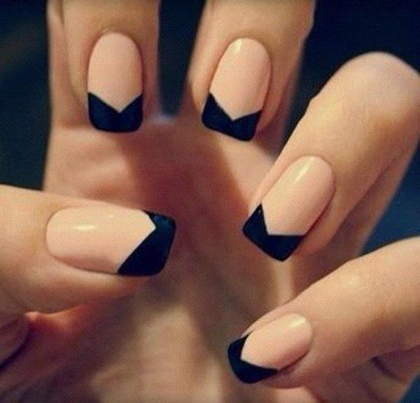 A Simple Nail Polish More Or Less Expensive Can Be Treated As Normal
