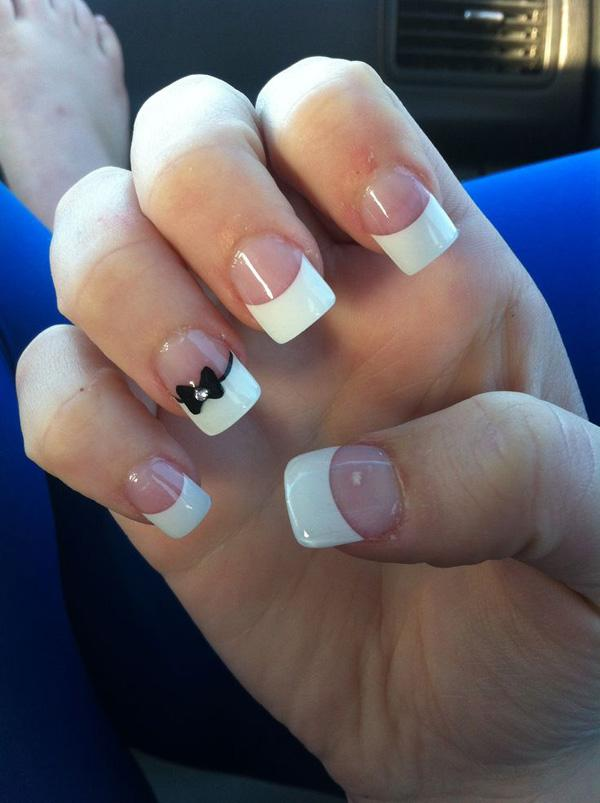 Set The Flowers Abloom On Your Nails With This Pretty French Manicure