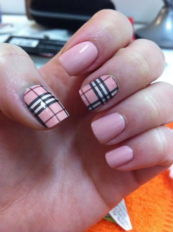 Check Out This Rather Modest And Cute Looking Plaid Nail Art Design