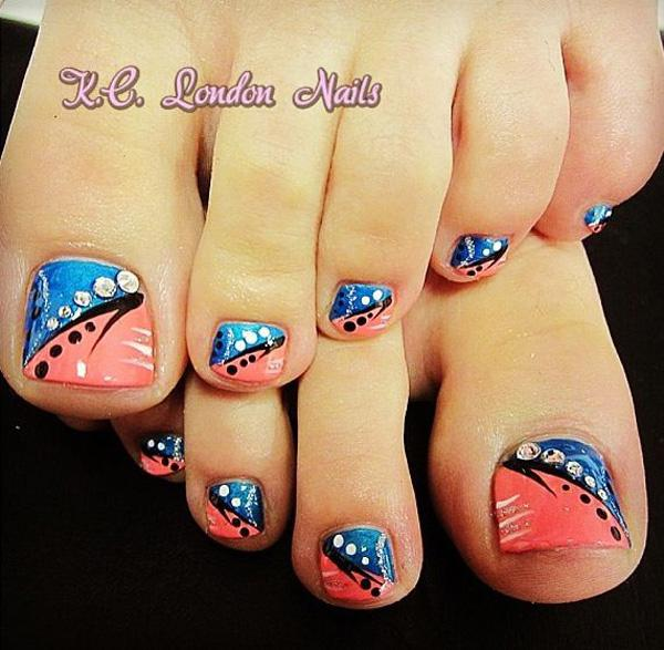 A Simple But Clic Looking Toenail Art Design Make Use Of Melon