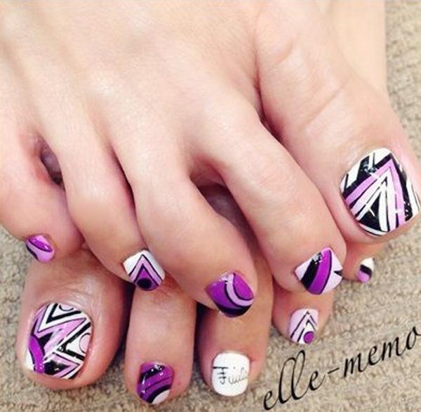 Tribal Inspired Toenail Art Play Around With Violet White Black And Periwinkle Colors