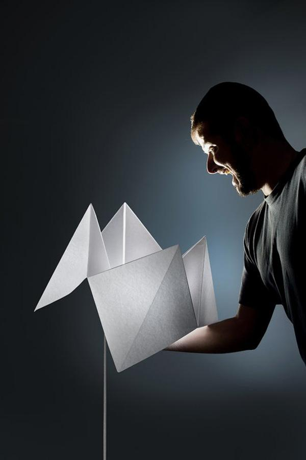 Origami inspired standing lamp. A cute and simple standing lamp that imitates an origami craft.