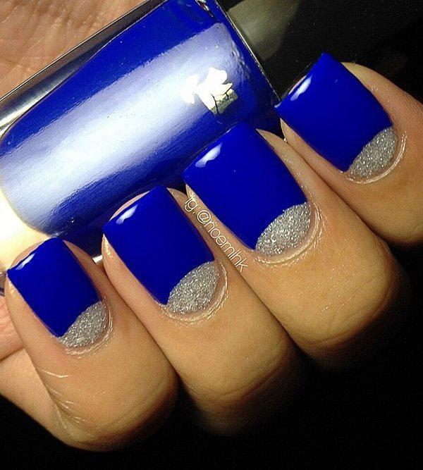 Feel like a royalty with this royal blue and silver glitter combination.