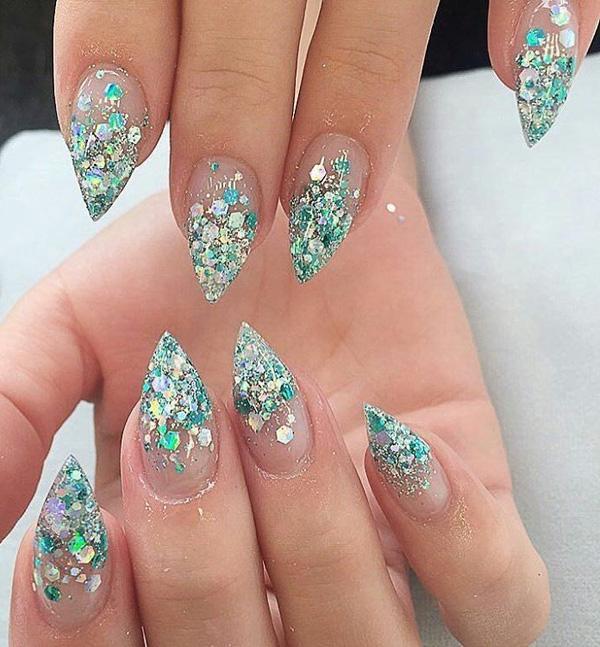 almond-nail-art-18