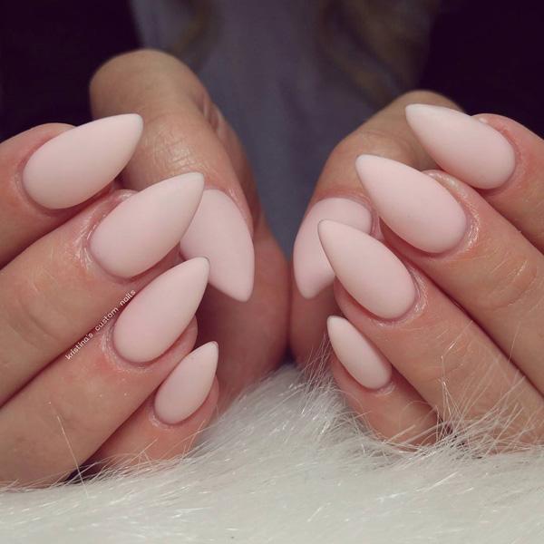 almond-nail-art-22