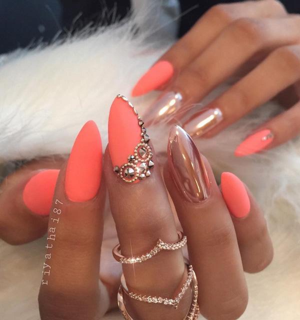 almond-nail-art-32