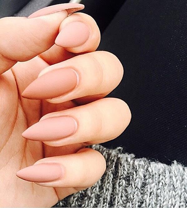 almond-nail-art-39