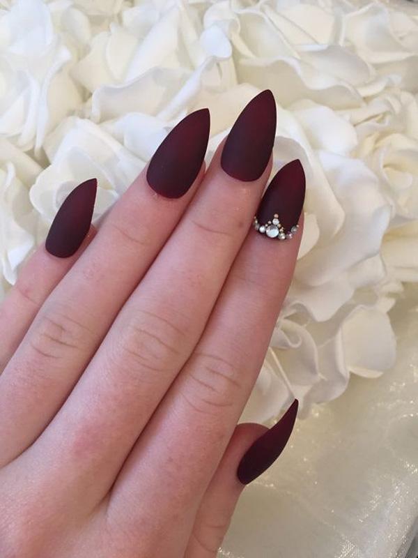 almond-nail-art-44