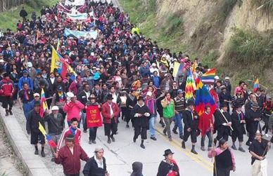 The protest marchers on their way to Cuenca on Wednesday.