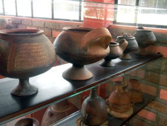 Part of the pottery display at the Museo de las Culturas Aborigenes