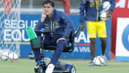 Ecuador's coach Gustavo Quinteros will be motorized for Tuesday's game with Bolivia.
