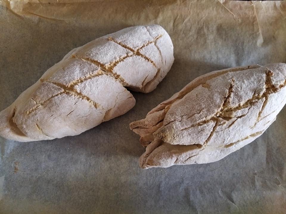 Nuestros dos primeros panes caseros sin panificadora