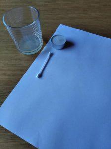 Materiales para hacer este primer de los 4 experimentos sencillos. La tinta invisible