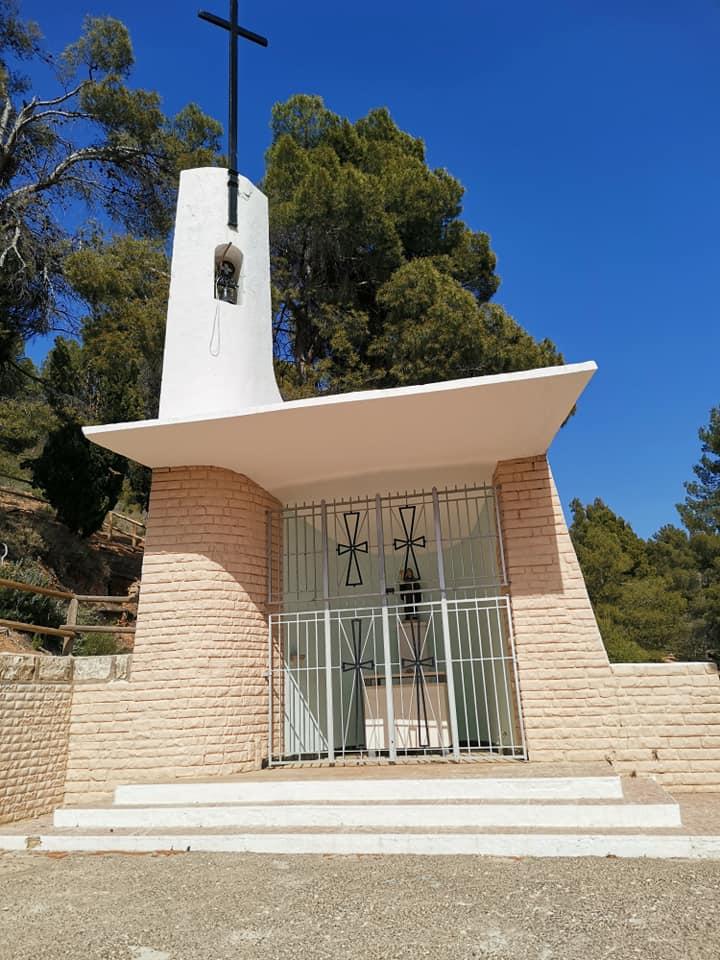 La pequeña ermita San Pascual que podemos encontrar en el área recreativa