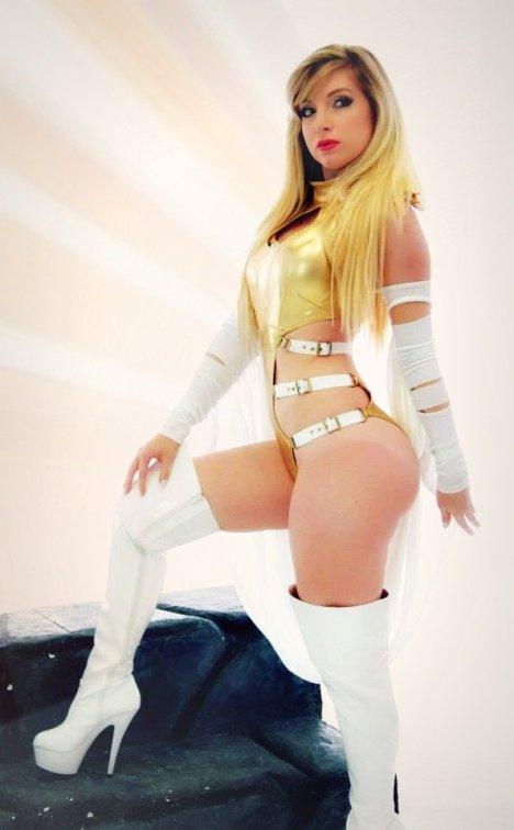 dat_miss_frost___she_s_got_da_powa__by_cosplaybutterfly-d73lfew