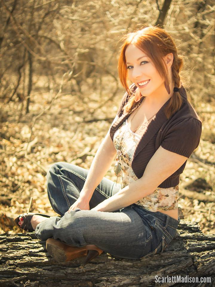 Scarlett Madison 24