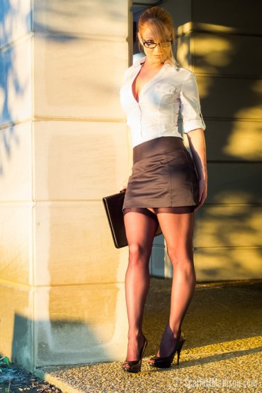 Scarlett Madison Secretaria