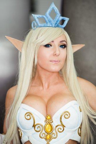 Jessica-Nigri-elven