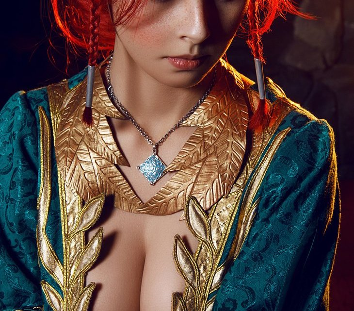The Witcher 3 - Triss Merigold cosplay por Disharmonica