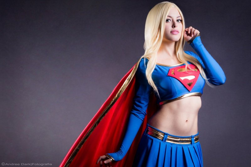 Wallpapers de Cosplay Nadyasonika como Supergirl