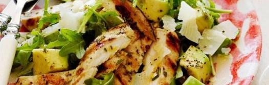 ensalada aguacate pollo contra-colesterol