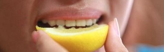 morder comer limon dientes