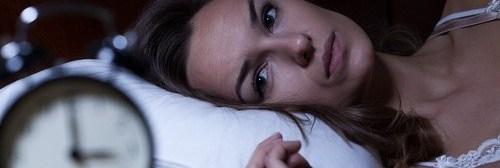 insomnio mujer reloj