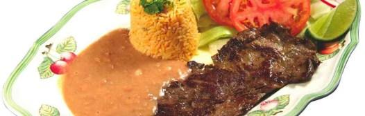 carne ensalada arroz