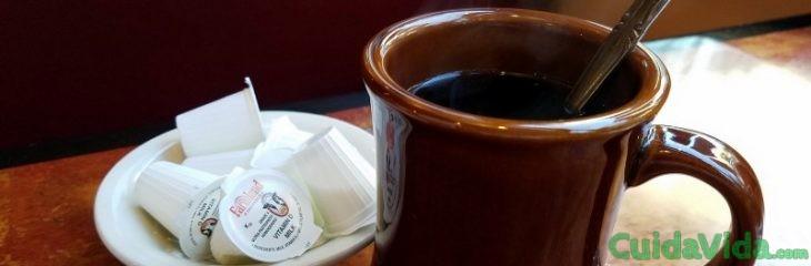 remover-cafe-cucharilla-enfriar