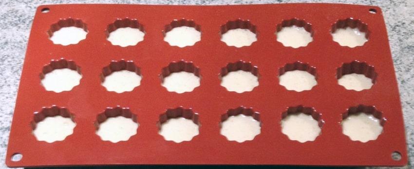 canneles caramel prepa 3 - Mini Cannelés à l'orange
