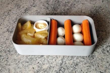 Recette de Bento tomate, surimi, oeufs de caille