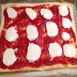pizza artichaut champignons prepa 5 - Pizza artichaut, champignons, mozzarella