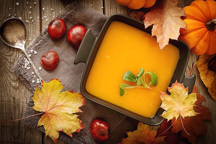 CuJ ROwUIAADlT5 - Soupe de potiron, marrons, oignons (Recette Companion)