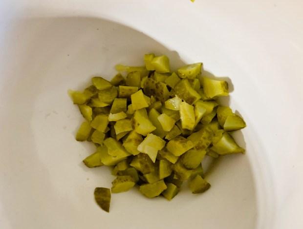 IMG 6632 620x469 - Cônes au salami, fromage et cornichons